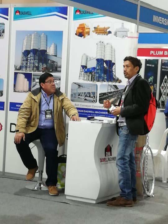 Asistimos la exposición de maquinarias en Perú