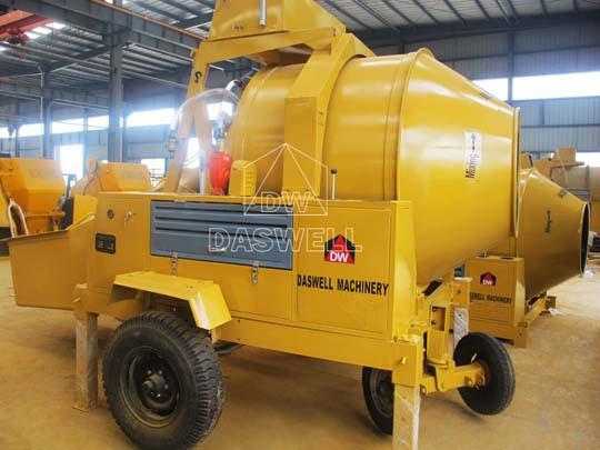 DASWELL fabrica y vende la mezcladora de concreto diésel