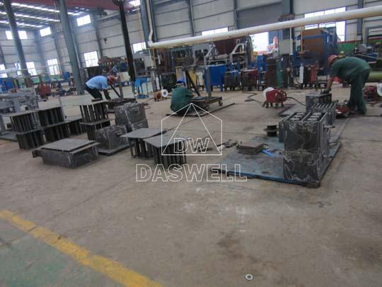 Ofrecemos servicio de producción y venta de máquinas para hacer bloques